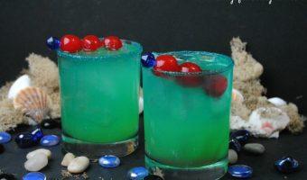 Summer Drinks: Mermaid Water Cocktail {Recipe}